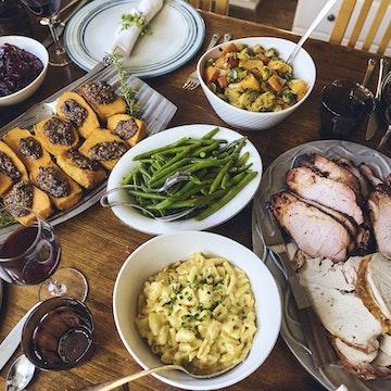 Thanksgiving Complete Dinner for 4