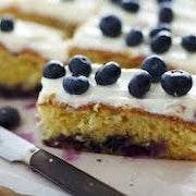 Vegan Mixed Cakes Box