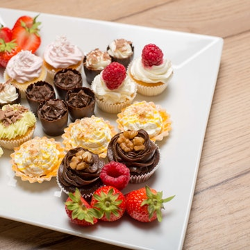 Cakes, Fruit & Snacks