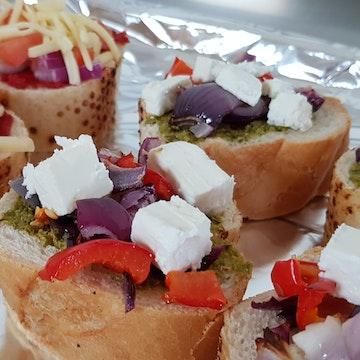 Savouries, Salad Bowls & Sharing Platters