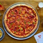 Pepperoni, jalapeño, red chillies, red pepper, mozzarella, tomato sauce