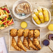 Assortiment de pains au chocolat & croissants bio